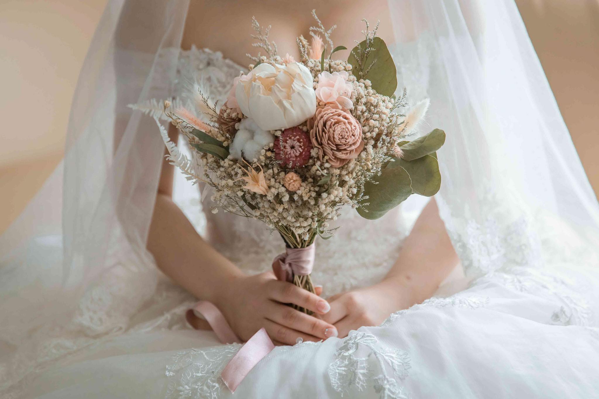 一起挑浪漫捧花吧 捧花意義與造型選擇 捧花怎麼挑 看這篇就對啦